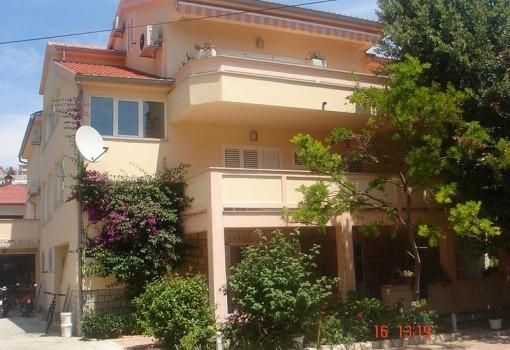Pahina apartmanok