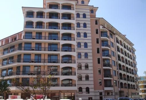 Karolina Aparthotel