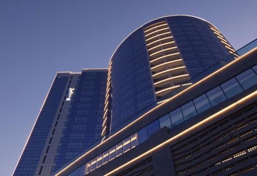 Radisson Blu Dubai Waterfront