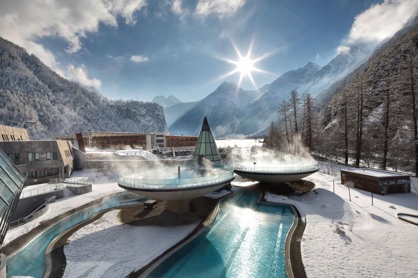 Hotel Aqua Dome wellness víz