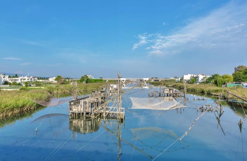 halászhálók Bojana folyó horgászás halak