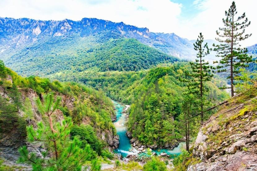 Durmitor Nemzeti Park hegycsúcs Tara folyó