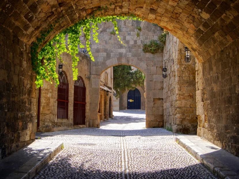 Görögország Rodosz ősi utca