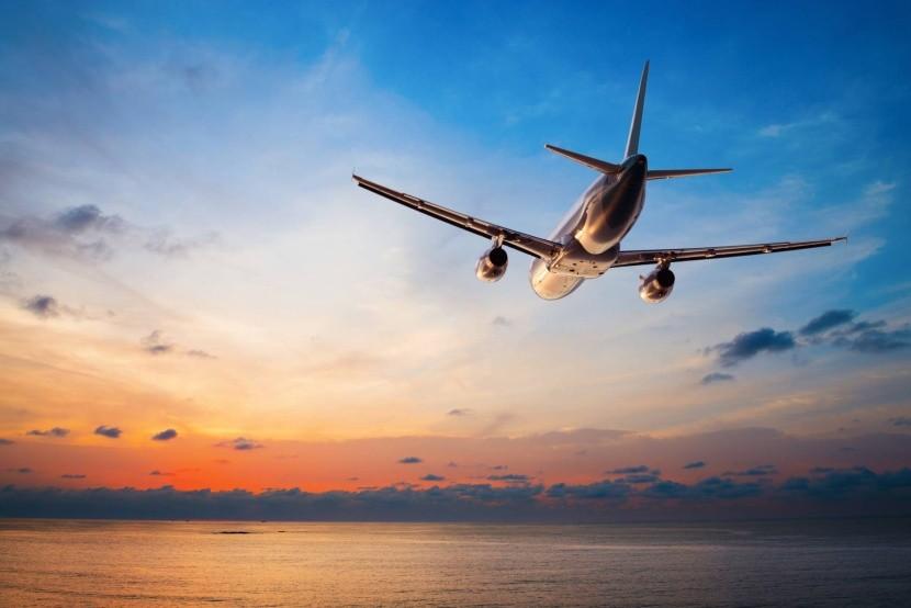 repülés utazás naplemente tenger repülőgép