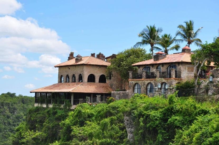 Altos de Chavon, Dominikai Köztársaság