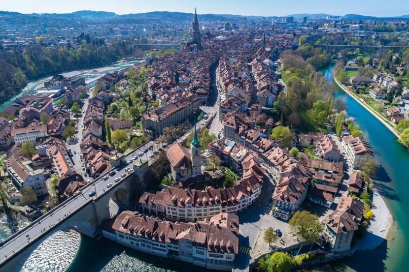 Bern madártávlatból, Svájc