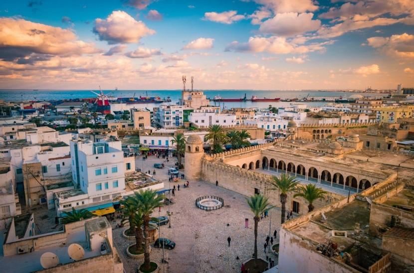 Napnyugta Sousse-ban
