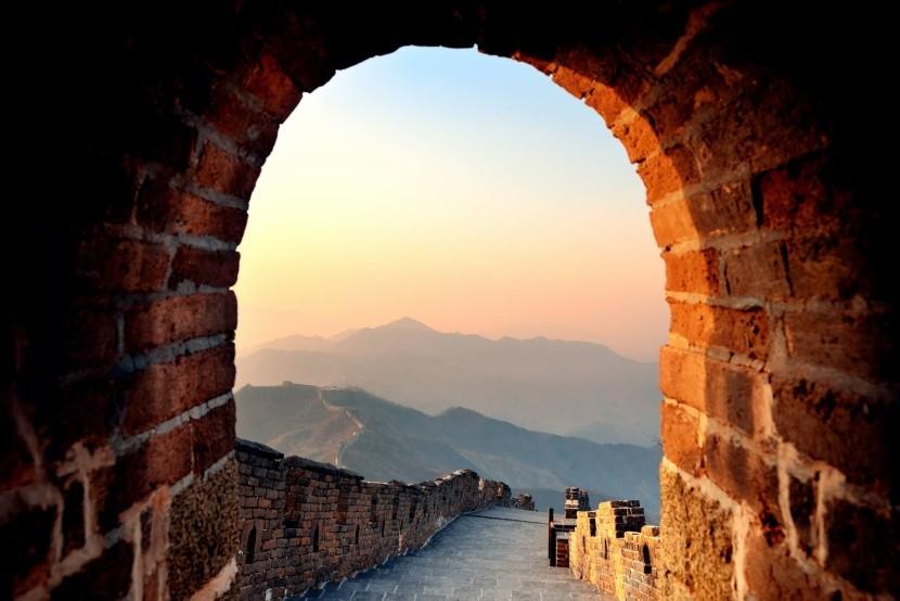 Hajnal a Kínai Nagy Falnál