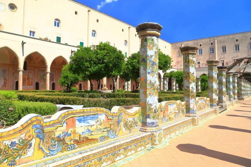Santa Chiara egyházi komplexum