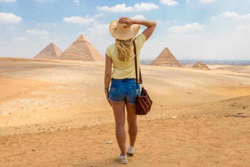 A Gízai piramismező