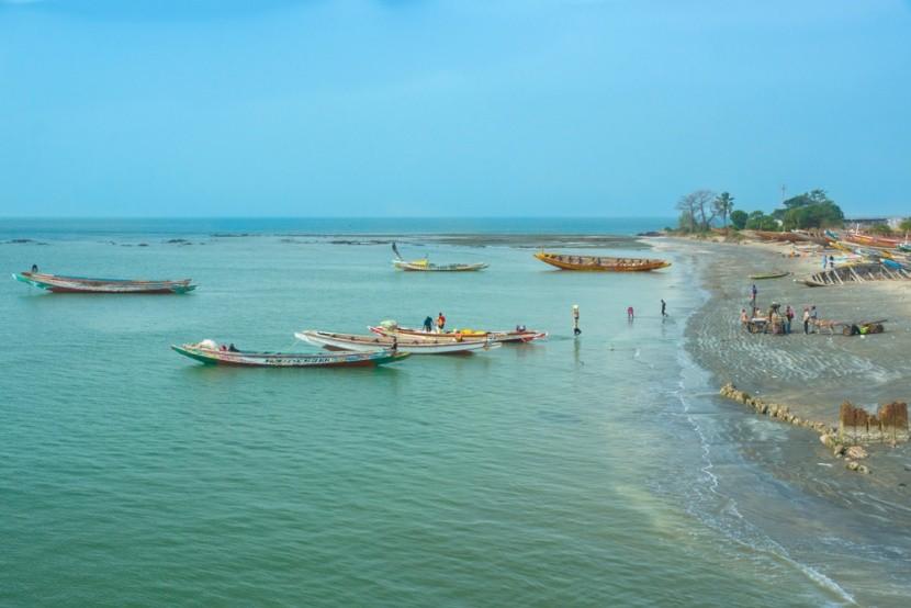 A paradicsom, Gambia