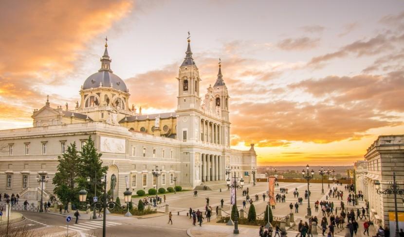 Almudena katedrális, Madrid