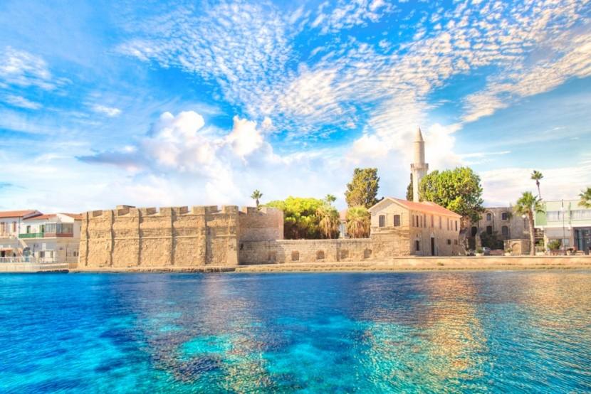 Ciprus, Larnaka, tengerparti erőd
