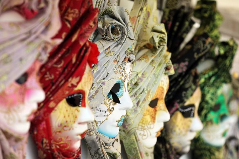 Velencei maszkok
