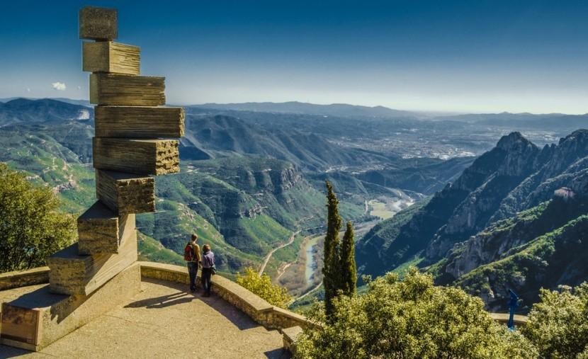 Mennybe vezető lépcsők, Montserrat, Katalónia