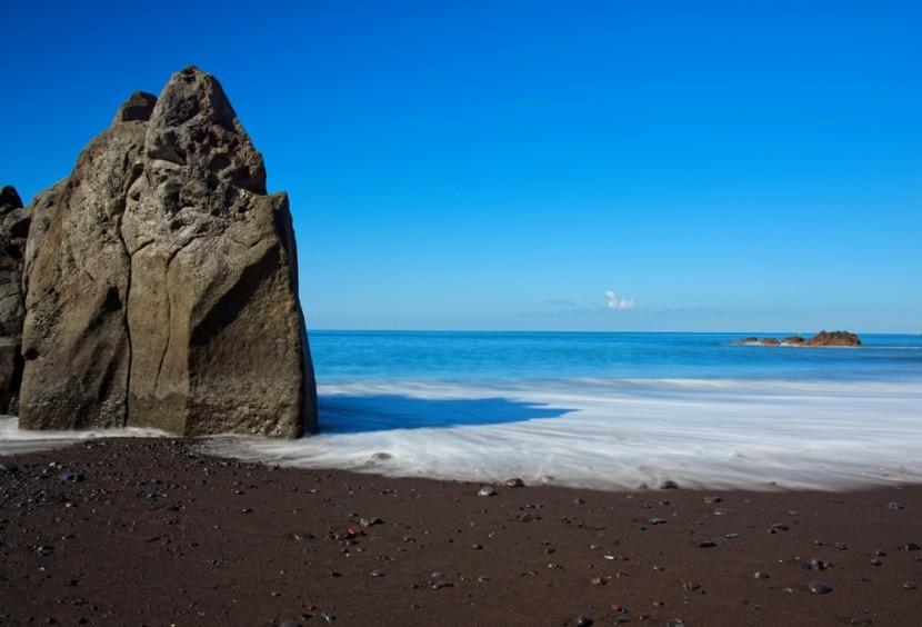 Madeira híres tengerpartja a Praia Formosa