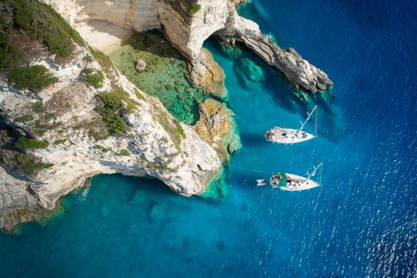 Jachtok a paxosi öbölben, Görögország
