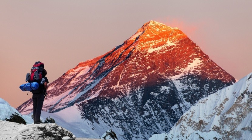 Naplemente az Everest megmászása közben