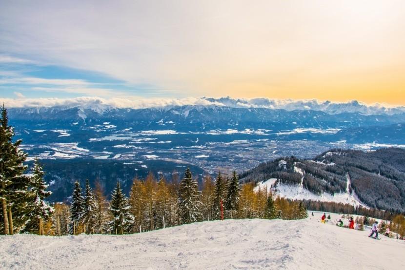 Ausztria, Gerlitzen, síelés a hegyekben